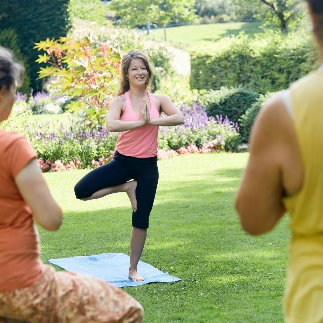 Yoga im Park (Körnerpark)